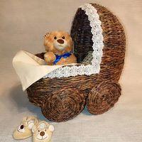 Кроватка плетеная, игрушечная
