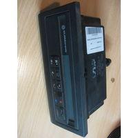 102038Щ VW Passat b3 панель климатроника 357907044