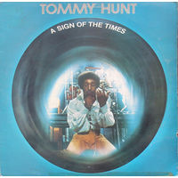 LP Tommy Hunt - A Sign Of The Times