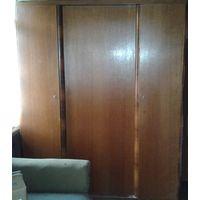 Шкаф деревянный из массива. 60-е годы