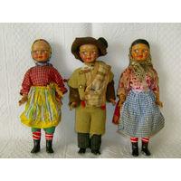 3 Старенькие куклы - одним лотом.
