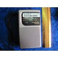 Радиоприемник Sony FM/AM.