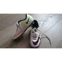 Бутсы Nike MERCURIAL VORTEX. Размер 32,5-33.