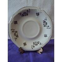 """Блюдце """"Bavaria Elfenbein Porzellan """" 1921-50гг(цвет слоновой кости)под реставрацию. лот 14"""