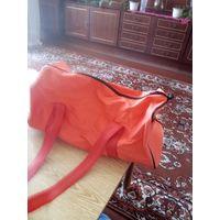 Новая ярко-оранжевая спортивная сумка на плечо 46х20х20см