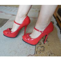 Красивые туфли с бантиком New Look 38-39р