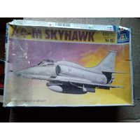 1/72 Italeri Cat # 157 A-4 Skyhawk Скайхок-  модель выпуска 1990 года