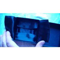 Коробочка для украшений 9х9х2 см. с атласной вкладкой внутри.распродажа