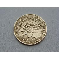 """Экваториальные Африканские Штаты - """"Камерун"""" 10 франков 1972 год  KM#2a"""