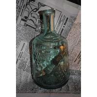 Бутыль ещё советского периода-редкий с выгравировкой виноград-как для хранения и разлива домашнего вина!