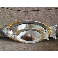Подносы сервировочные Bergner Рыбки 2