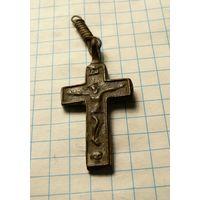 Католический крестик.