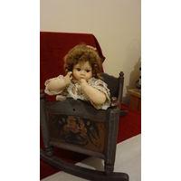 Старинная кроватка для большой куклы 20 -30г ХХ века Германия,длин.55см,шир27с м,выс.37см