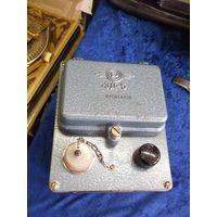 ЗД-5. Зарядное устройство для дозиметров ДКП-50А.