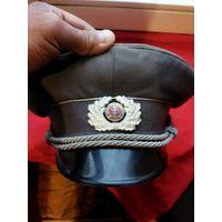 Фуражка офицера армии ГДР,прекрасный экземпляр в Вашу коллекцию