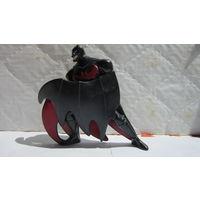 Бэтмен игрушка.