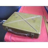 Кейс армейский инструментальный металлический 30х25х6 см.
