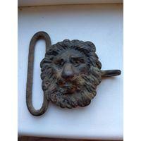 Зацеп голова льва