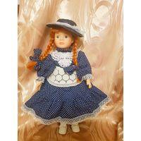 Кукла фарфоровая коллекционная  (40 см)