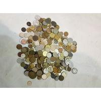 Лот монет 950 гр.Старт с 2-х рублей без м.ц.Смотрите другие лоты,много интересного.