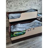 Двухъярусная кровать с 2-мя матрасами Vegas. Цена указана за комплект, за одни матрасы платили гораздо  дороже. Размер кровати длина 167 см, ширина 77 см. Кровать в хорошем состоянии, б/у.