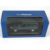 Ford Focus Turnier (C170) 1999 - 2004. 1/43.Minichamps.
