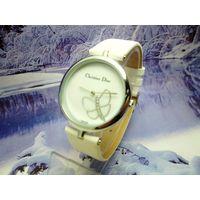 Женские часы Dior Sparkling Papillon
