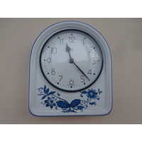 Часы настенные кварцевые керамика Ww Германия 20 х 23 см., в рабочем состоянии, часовой механизм Германия.