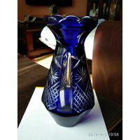 Красивая старая ваза Сапфировое стекло резьба СССР.
