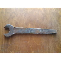 Старинный кованый гаечный ключ