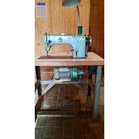 Промышленная швейная машина (Рабочая)
