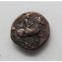 Древнегреческая бронза со всадником и быко