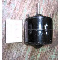 ЛотNo1== двигатель (электродвигатель) постоянного тока МЭ11: 12В 5Вт, 2500об\мин (автомобильный)