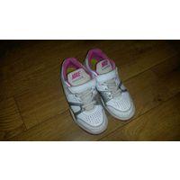 Оригинальные кроссовки Nike 33 размер