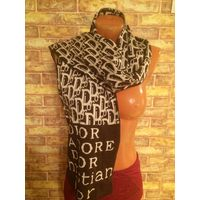Красивый теплые новый шарф Dior, длина 1.60, ширина 28см. Очень хорошего качества, унисекс.