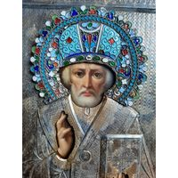 Икона Cв.Николай Чудотворец 19 век. Серебро 84. Эмаль в киоте